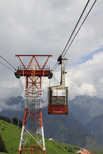 Cable Car Ride in Auli