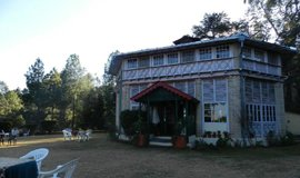 Hotel Chevron Ranikhet Club