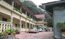 Nainital Hotels near Naini lake