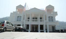 Hotel lords eco inn kathgodam haldwani for 212 salon oak park