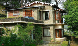 Mukteshwar Hotels Resort