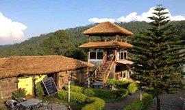 Kausani Places to eat