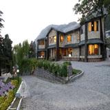 15 Best Nainital Hotels