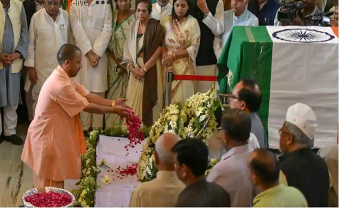 Former Uttarakhand and UP CM Narayan Dutt Tiwari Passes Away